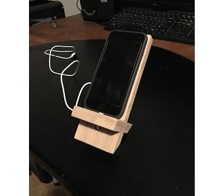 Iphone standaard met oplaadoptie