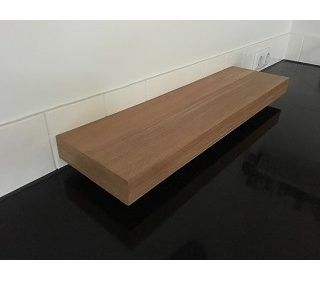 Plank blinde bevestiging met houten frame